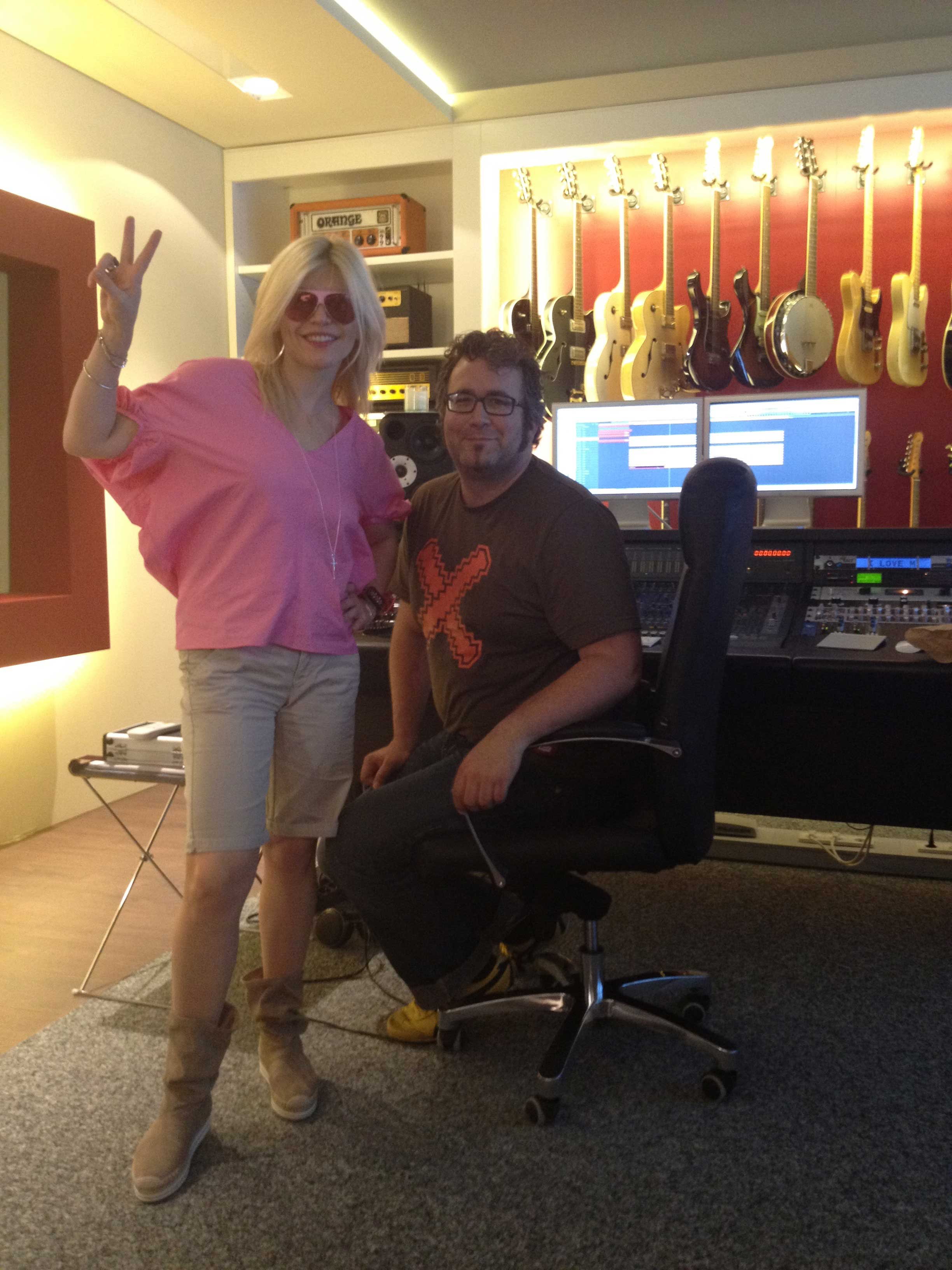 Producing-with-Loredana-Groza—Munich-2011